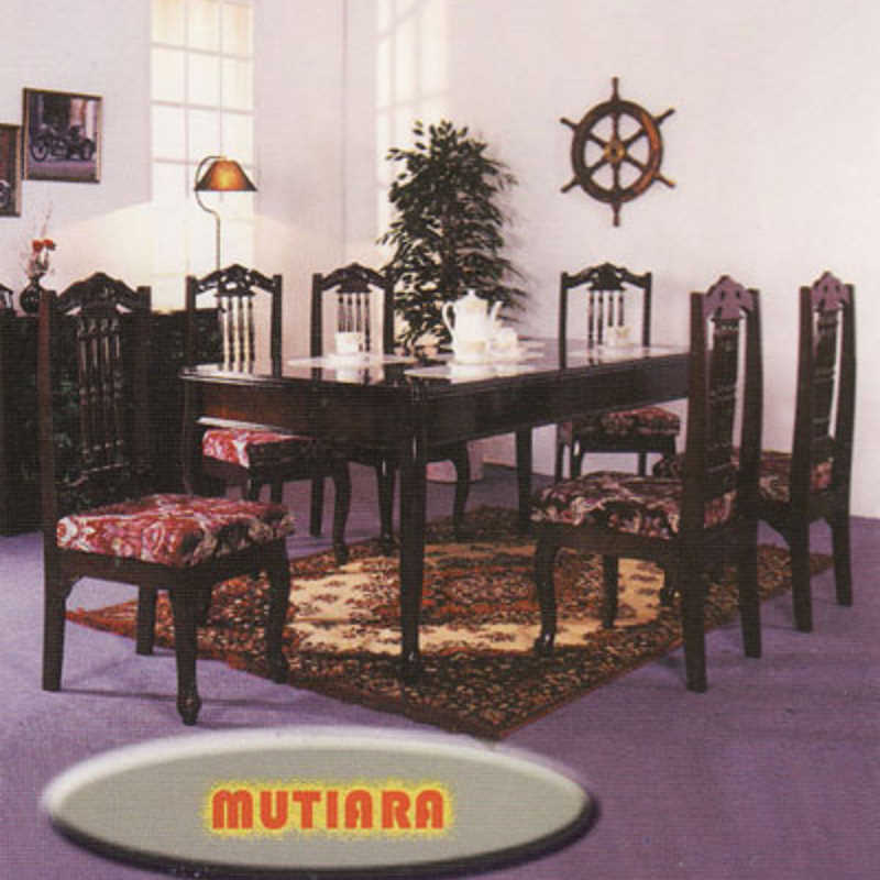 Mutiara Dining Table Set